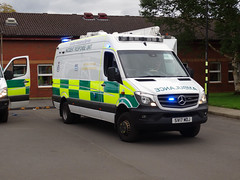 SV17 MDJ Scottish Ambulance Service (C812JGB) Tags: sv17 mdj sv17mdj mercedes benz sprinter 519 cdi 4x4 incident response unit scottish ambulance service glasgow scotland uk 999 911 112 paramedic medical van vehicle sort special team