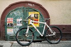 ... torrad (alf sigaro) Tags: gafmemo35et gaf memo35et fahrrad tor badenwürttemberg