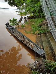 Boats on the Mekong in Phon Phisai 2 (SierraSunrise) Tags: boats esarn isaan mekong mekongriver nongkhai phonphisai rivers thailand transportation