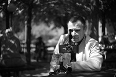 mon Leica 1a de 1929 (Berthiot 50/f.2,8 on M9-P) (Guy Baylacq) Tags: leitz leica elmar berthiot som m9p leica1a bokeh flor selfie fison fofer kgoon firhe vintage finot ablon voola