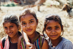 Three Desi Girls, Mathura India (AdamCohn) Tags: adamcohn india mathura vrindavan desi holi portrait wwwadamcohncom