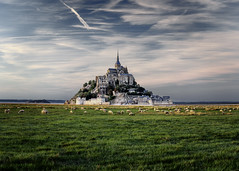 Mont Saint Michel France (EtienneR68) Tags: architecture city cityscape france montsaintmichel sony ville a7riii animal church eglise landscape mouton nature travel voyage