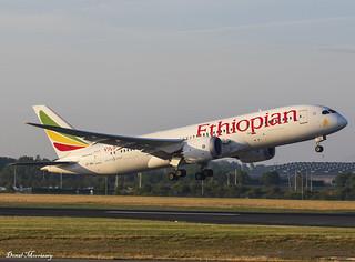 Ethiopian Airlines 787-8 ET-AOU