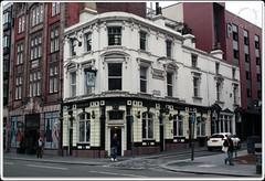 Vernon Arms (zweiblumen) Tags: vernonarms vernonstreet vernonchambers liverpool merseyside england uk canoneos50d polariser zweiblumen
