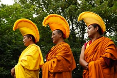 Monks_04 (DepictingPhotos) Tags: buddhists festivals monks patplay