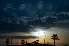 Sunset... (hobbit68) Tags: fujifilm xt2 sommer sonne himmel sky clouds wolken palme mast boote boats sonnenuntergang sunset sonnenschein spanien spain espanol espagne espana andalusien andalucia holiday urlaub