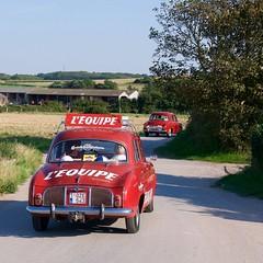 Ondine Renault publicitaire (pierre.pruvot2) Tags: gx80 france pasdecalais tardinghen renault rétro fifties sixties publicité réclame léquipe rouge dauphine ondine
