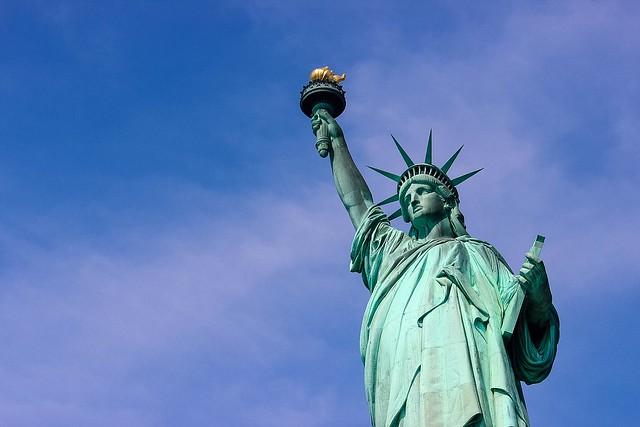 自由の女神(世界各国の観光名所を巡れるオプショナルツアー)