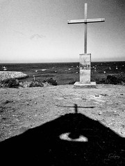 Fishermen's Saint Peter Chapel - Fernando Noronha/PE - Brazil (Enio Godoy - www.picturecumlux.com.br) Tags: fernandodenoronha fishermenssaintpeterchapel beach g15 sanantoniobay niksoftware nature brazil bluesea sky silverefexpro2 canon bluesky canong15 sea mono ngc