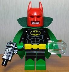 Der Fledermausschädel - The Bat-Skull !!! Entry to joosh figs contest (Heavy Metal Rapping Machine) Tags: moc mod dc marvel lego batman redskull hydra