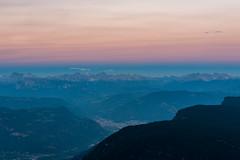 27.8.2018, 8:05 pm (andreassimon) Tags: laugen rosengarten landschaft abend südtirol italien marmolada latemar bozen langkofel bolzano catinatccio dusk schlern