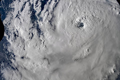 Hurricane Florence 1 (sjrankin) Tags: 11september2018 edited nasa iss iss056 iss056e161620 weather storm atlanticocean hurricaneflorence hurricane