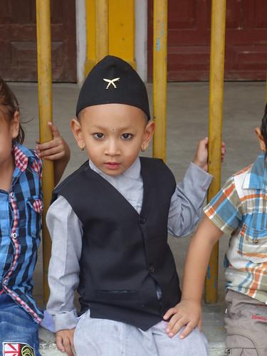 Certains ont revêtus des tenues traditionnelles népalaises