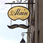 Alain, maître barbier à Paris. thumbnail