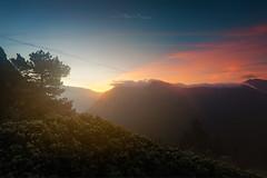 Sunrise au Col de l'Infernet (Stéphane Sélo Photographies) Tags: chamrousse chartreuse coldelinfernet france isère lacachard montagne pentax pentaxk3ii sigma1020f456 sunrise blending landscape levédesoleil