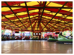 All the fun at the fair (The Stig 2009) Tags: funfair dodgems ride electric carters steam thestig2009 thestig stig 2009 2018 tony o tonyo red yellow colourful canopy croxley green classics vintage dodgem cars bumper