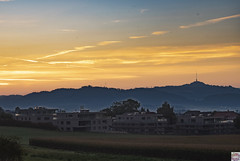 Kirchlindach Bantiger (auschmid) Tags: auschmid leicam10 aposummicron75 kirchlindach morgenstimmung wolken natur licht schatten silhouette aussicht