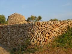 ALAIOR. MENORCA. 08-18. 3 (joseluisgildela) Tags: alaior menorca campo arquitecturapopular culturatalaiótica parets
