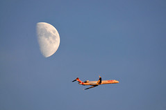 Fly me to the Moon (jeangrgoire_marin) Tags: lookingup sky moon airliner airfrance canadair regional