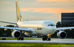 Canaletto 👨🎨 (Maxime C-M ✈) Tags: airplane colors sunset reflection beautiful exotic travel miami airport aviation roma clouds closeup passion discover florida america usa