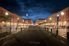 Place Massena @ NICE (jo.haeringer) Tags: nice massena bluehour fuji xt2 tramway lights adobe