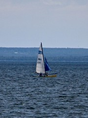 To Catch the Breeze (neukomment) Tags: lakehuron thunderbay alpenami michigan usa september 2018 beach harbor canoneosrebelt5i sigmalens 18250mmf3563dcosmacrohsm water greatlakes