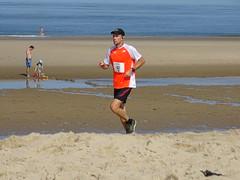 DSC08906 (corradookp) Tags: kustloop vrouwenpolder strand oostkapelle running beach run