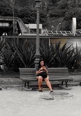 o restante não importa (luyunes) Tags: rua cenaderua gente comunicação solitária sozinho fotografiaderua fotoderua mobilephotographie mobilephoto streetphoto streetshot streetscene streetphotographie motozplay luciayunes streetphotography