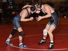 Luke Welch vs Thayer Atkins 0609 (Chris Hunkeler) Tags: lukewelch purdue thayeratkins duke 125 bout564 2017 cklv amateur college wrestling wrestlers
