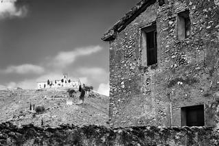 Con vistas a la ermita - Overlooking the hermitage
