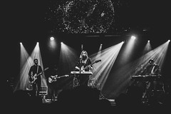 Jane Weaver @  Manchester Ritz 30.11.17 (eskayfoto) Tags: panasonic lumix lx3 gig music concert live band stage tour manchester lightroom manchesterritz ritz theritz janeweaver jane weaver p1640789editlr p1640789 monochrome mono bw blackandwhite