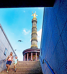 Berlin (kirstiecat) Tags: berlin germany europe mother daughter parent child girl birds flight monument blue colors colours canon street travel victorycolumn berlinvictorycolumn stairs