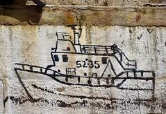 Lifeboat on the wall, Howth, Ireland (jpdu12) Tags: harbour boat bateau dublin jpdu12 jeanpierrebérubé nikon d5300 irlande ireland mur paint wall