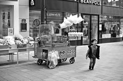326 (HARU1231) Tags: minolta x700 primelense 50mm film analog candid street life people skorea