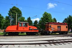Illinois Ry Museum #300 & 604 (Jim Strain) Tags: jmstrain train railroad railway museum illinois union northshore charlescitywestern