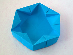 "Hexagonal Box (Francesco Guarnieri) Tags: ""hexagonalbox""hexagon scatola box container casilla caixa boîte caja cajas dish scatolaastella starbox stardish 星 stella star estrella estrellas estrela strellas étoile stern 3dsculpture arte art origami paperart paperfolding papercrafts papiroflexia dobradura pliage papierfalten 折り紙 carta paper papel papier francescoguarnieri geometric"