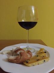 A light dinner (Lina Polmonari) Tags: redwine vinorosso cheese formaggio calabrese salsa seasoning zafferano saffron