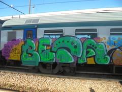 m <3 (en-ri) Tags: beta foms news viola giallo nero train torino graffiti writing verde johnt 18 2018