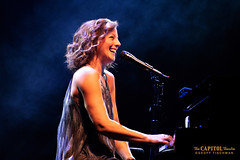 091818_SarahMcLachlan_07w (capitoltheatre) Tags: capitoltheatre housephotographer sarahmclachlan thecap thecapitoltheatre portchester portchesterny live livemusic piano keyboard solo