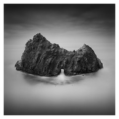 Pfeiffer Rock (Marco Maljaars) Tags: marcomaljaars pfeifferbeach california 70d monochrome seascape water waterscape sky rock hole arch lee filter canon mood blackandwhite bw long exposure longexposure le