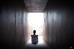 Knock, knock, knockin´. (elojeador) Tags: monumento escultura escalera escalón mujer chica hija alejandra jandri ale cielo walterbenjamin monumentoawalterbenjamin portbou cenotafio onheaven´sdoor elojeador
