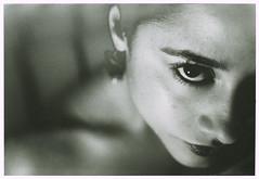 Film Solarise (Jorge Eduardo Albarracin) Tags: solarise man ray solarisation female model eye hommage tribute black white ilford analog argentique pellicule film carrete luz