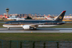 JY-BAA Royal Jordanian Boeing 787-8 Dreamliner (buchroeder.paul) Tags: ltba ist istanbul ataturk airport turkey europe ground dusk jybaa royal jordanian boeing 7878 dreamliner