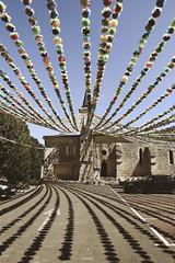 La place de Villefranche de lonchat, Dordogne (Weblody) Tags: villefranche fleur bastide lonchat dordogne perigord place église pierre