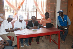 Mission PBF conjointe PNUD-OIM-HCR entre le Burundi et la Tanzanie (pnud.burundi) Tags: pbf grandslacs transfrontalier cadrestratégiquerégionaldesnationsunies glrsf crossborders greatlakesregionalstrategicframework oim pnud unhcr burundi tanzanie gisuru provincederuyigi bi