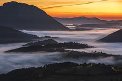 Colors in Aramaio (GorkaZarate) Tags: aramaio color niebla nikon d810 sonymage alavavision fog myst landscape paisaje nature naturaleza vida life pueblos amanecer sunrise