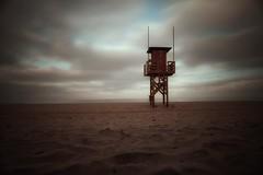 Playa... (hobbit68) Tags: aussichtsturm beach strand sand playa wolken himmel sky fujifilm xt2 sonne sommer espanol  espagne espana andalucia andalusien hobbyfotograf wasser water meer atlantik turm tower holiday urlaub