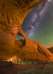Moccasin Arch (Wayne Pinkston) Tags: arch moccasinarch monumentvalley lowlevellighting lll sky night nightsky nightphotography nightlandscape waynepinkston waynepinkstonphotocom lightcrafter lightcraftercom stars starrynight starrysky dramaticsky milkyway miklyway galaxy astrophotography landscapeastrophotography widefieldastrophotography nikon desert