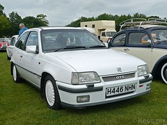 Stokesley Classics on Show 2018-16 (Kev's.Pix) Tags: stokesleyclassics2018 classiccars cars northyorkshire stokesley event vehicles vauxhallastragte 1990 stokesleyclassicsonshow2018