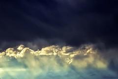Ciel du Lauragais 2 (GinOu Tchob.) Tags: nikonpassion nature 90mm orage